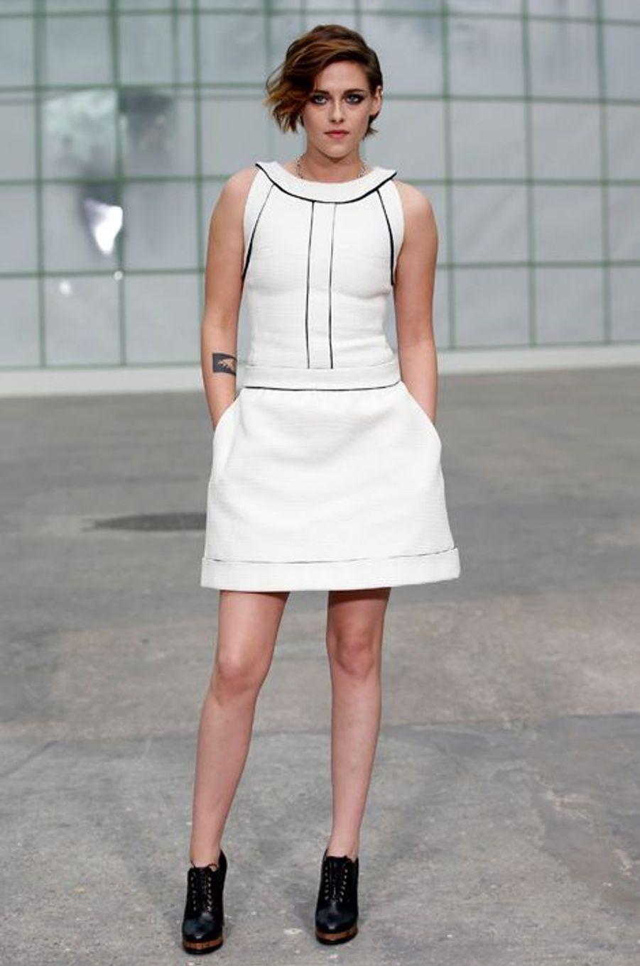 Kristen Stewart au défilé Chanel Haute-Couture