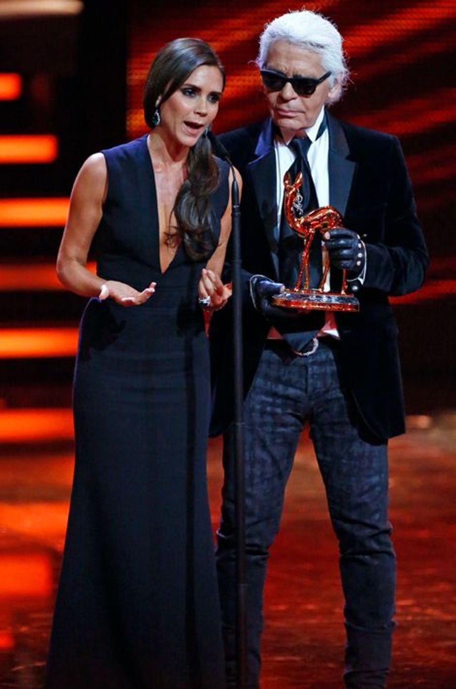 Très émue par cette récompense, Victoria Beckham a remercié ses proches pour leur soutien.