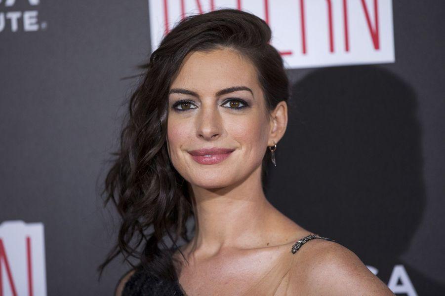 Anne Hathaway, 33 ans