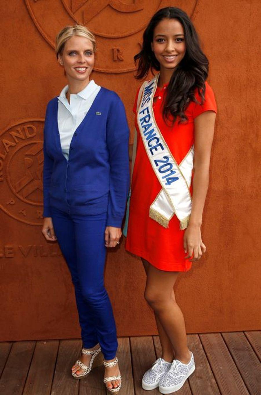 Flora Coquerel à Roland-Garros, avec Sylvie Tellier, à Paris, le 3 juin 2014