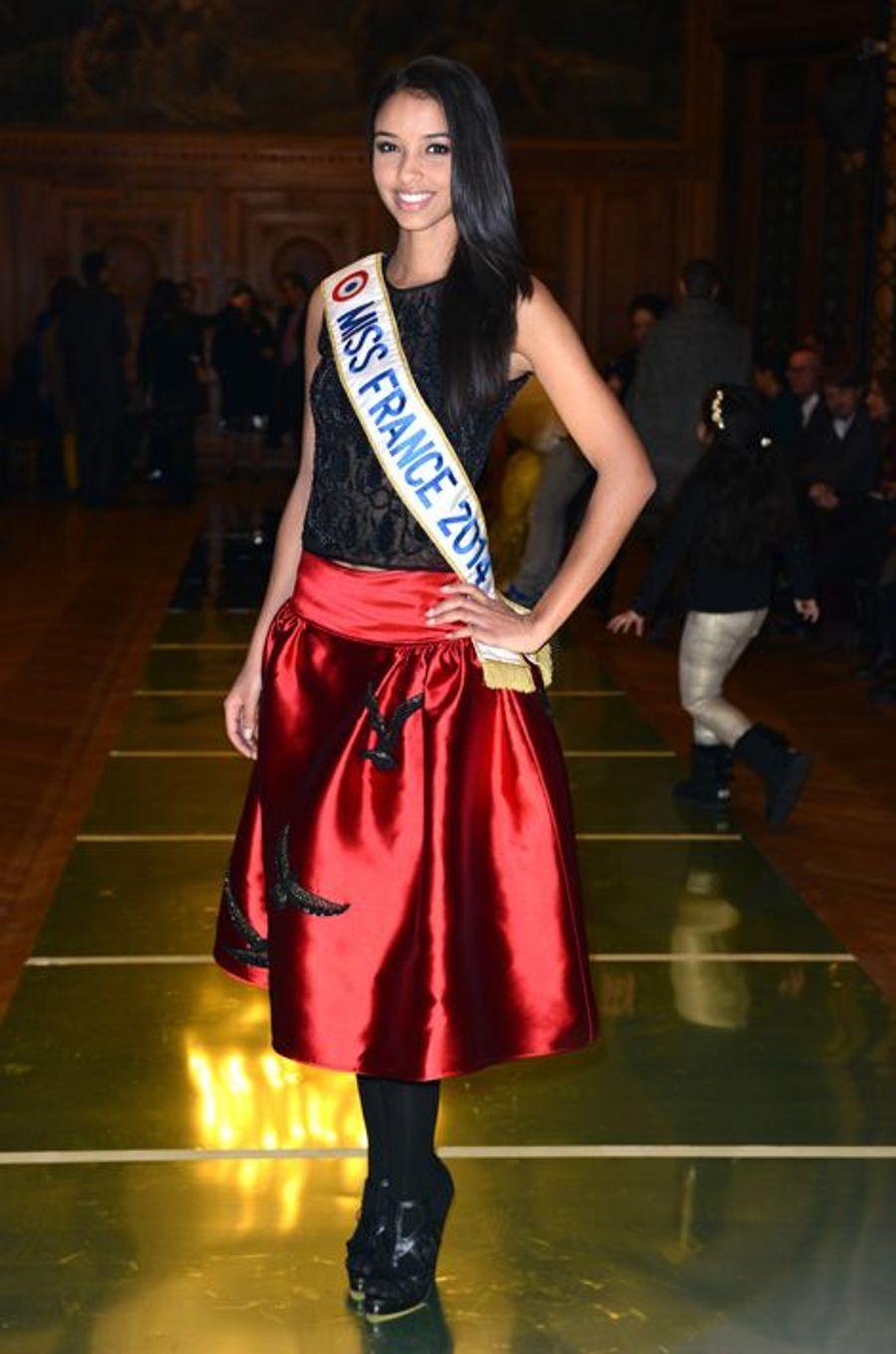 Flora Coquerel au défilé Oscar Carvallo à Paris, le 21 janvier 2014