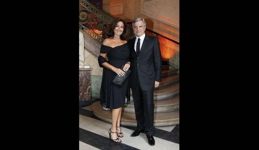 Dior Couture, dont Sidney Toledano est le président, est partenaire de la fondation.