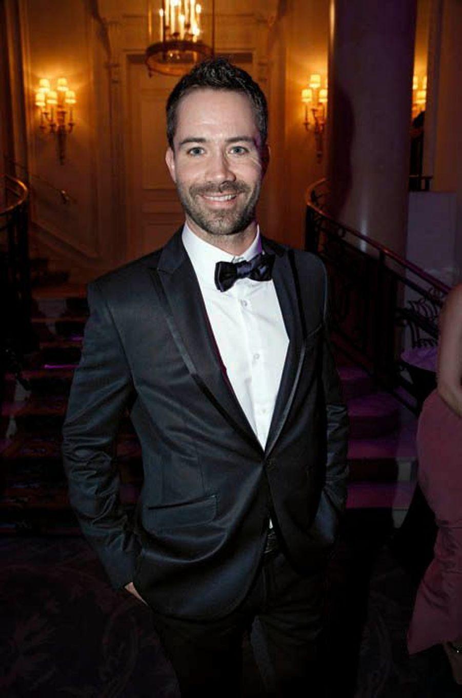 Vainqueur de « Danse avec les stars », Emmanuel Moire a sorti « Le chemin », un CD intimiste.
