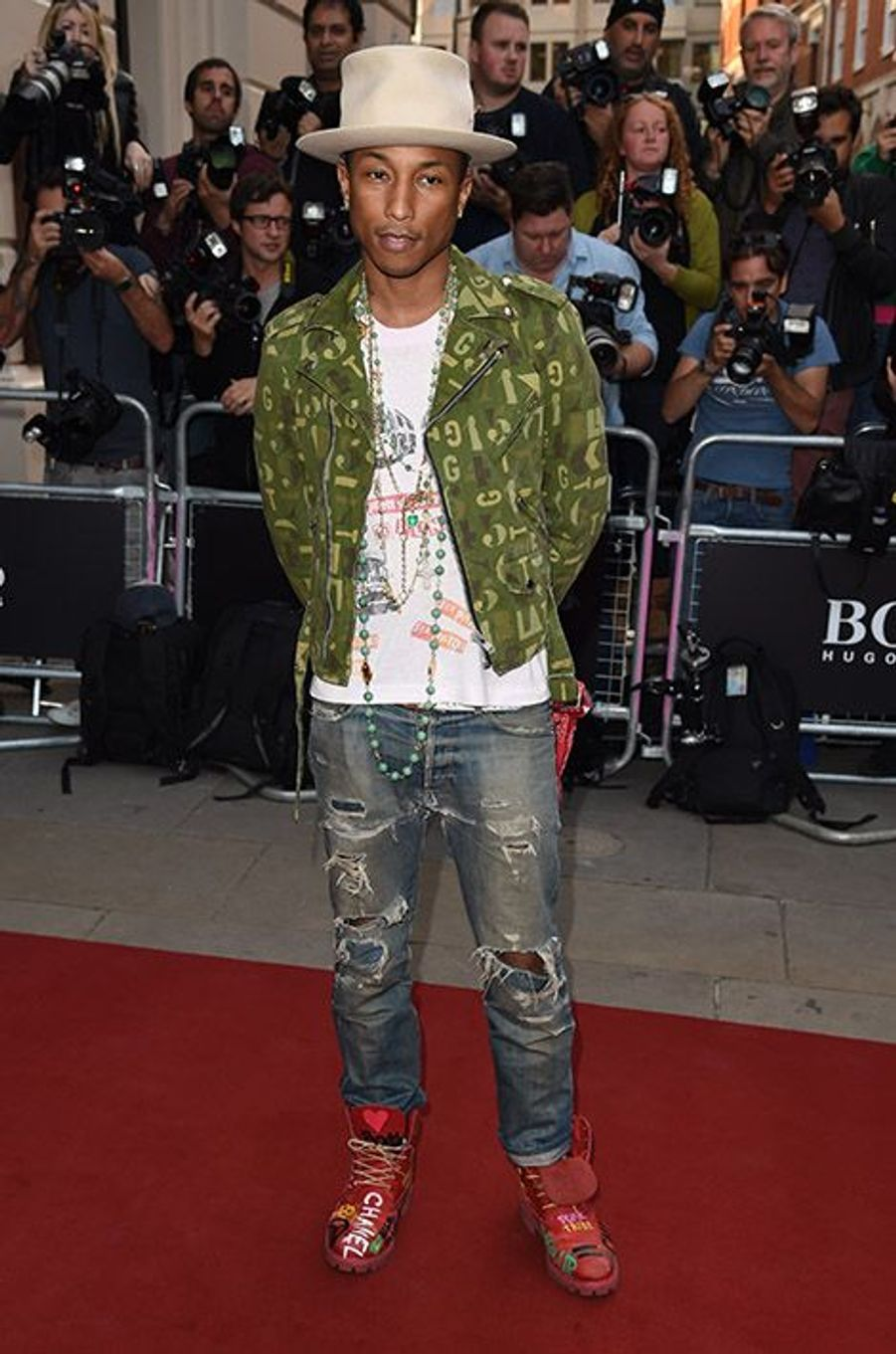 Pharrel Williams à la 17e cérémonie des GQ Awards 2014.