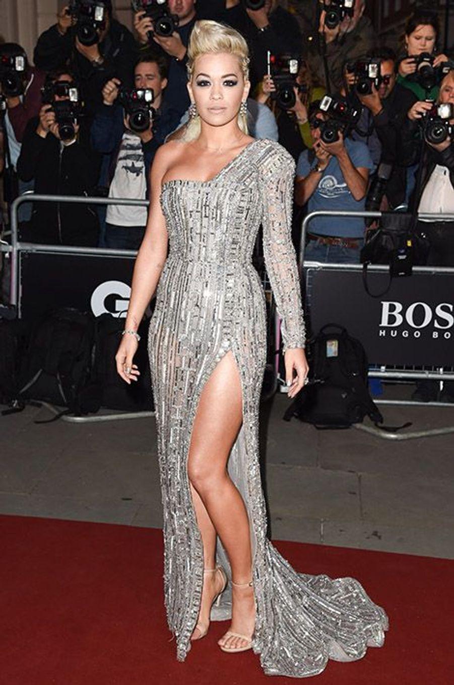 Rita Ora à la 17e cérémonie des GQ Awards 2014.