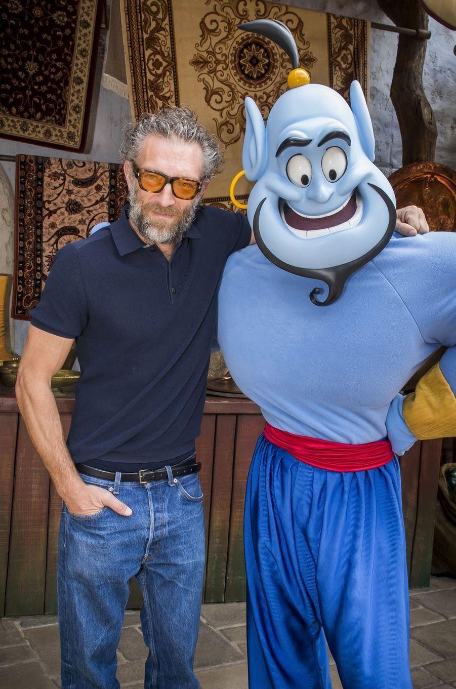 Vincent Cassel à Disneyland Paris.