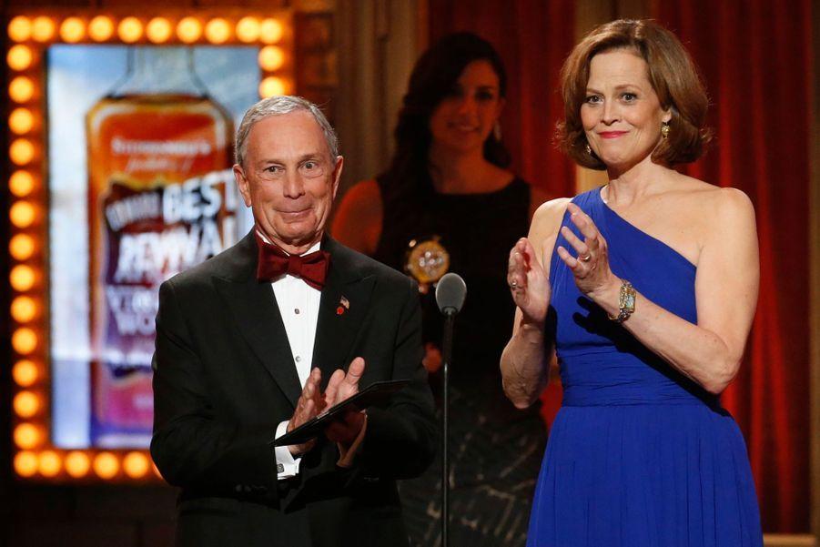 Michael Bloomberg, le maire de New York, et Sigourney Weaver