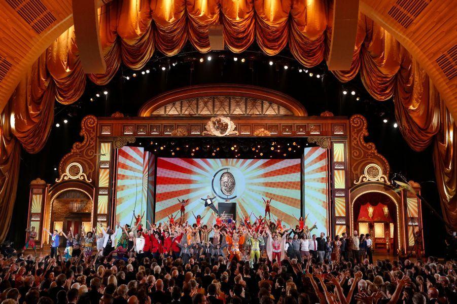 """Dimanche soir, le gratin du show-business était réuni à New York, pour les Tony Awards, cérémonie récompensant les pièces de théâtre et comédies musicales américaines. Le spectacle était assuré, comme l'année passée, par le comédien Neil Patrick Harris -alias Barney dans la série """"How I met your mother""""-, avec un invité de choix: Mike Tyson, qui se lance dans la comédie à temps-plein."""