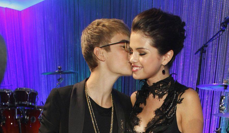 C'est la nouvelle people de la semaine. Justin Bieber, 18 ans, et Selena Gomez, 20 ans, ont rompu. La chanteuse n'aurait pas supporté de voir son amoureux avec d'autres femmes.