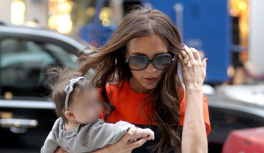 En couple depuis 1997, Victoria et David Beckham ont eu trois fils: Brooklyn en 1999, Romeo en 2002 et Cruz en février 2005. Le 7 juillet dernier, l'ex-Spice Girl a donné naissance à une petite fille, Harper Seven.