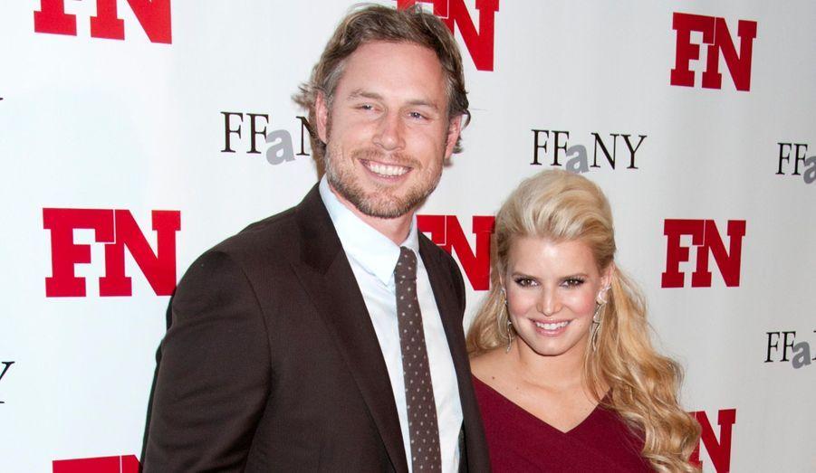 Sept mois après la naissance de sa fille Maxwell Drew, Jessica Simpson a confirmé être enceinte de son deuxième enfant.