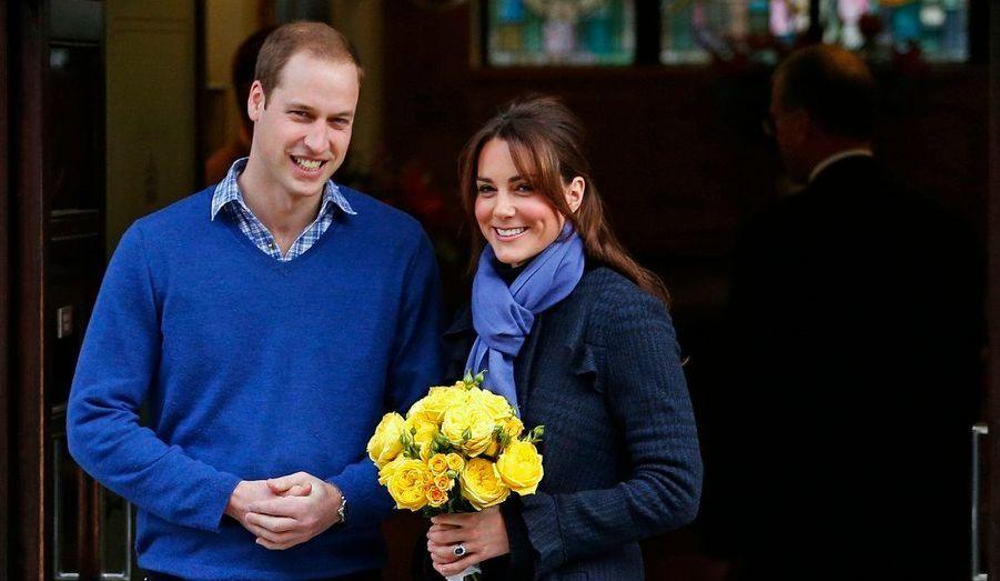 Kate et William ont annoncé le 3 décembre que la jeune femme était enceinte de leur premier enfant. Le futur héritier devrait voir le jour à la fin du printemps ou au début de l'été.
