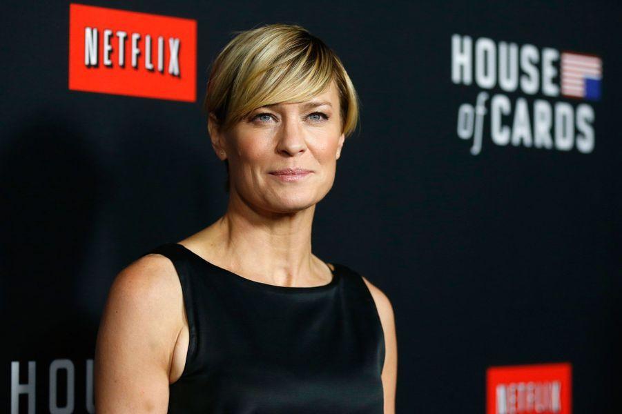 Actrice multi-facettes, Robin Wright a su prouver tout au long de sa carrière son talent. Mais étonnamment, c'est son rôle dans la série «Netflix» «House of cards» avec Kevin Spacey qui lui valu tous les honneurs. Elle a remporté un Golden Globe pour sa performance et se retrouve donc dans ce classement «Time».