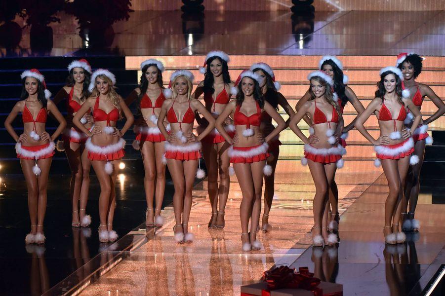 Mères Noël sexy