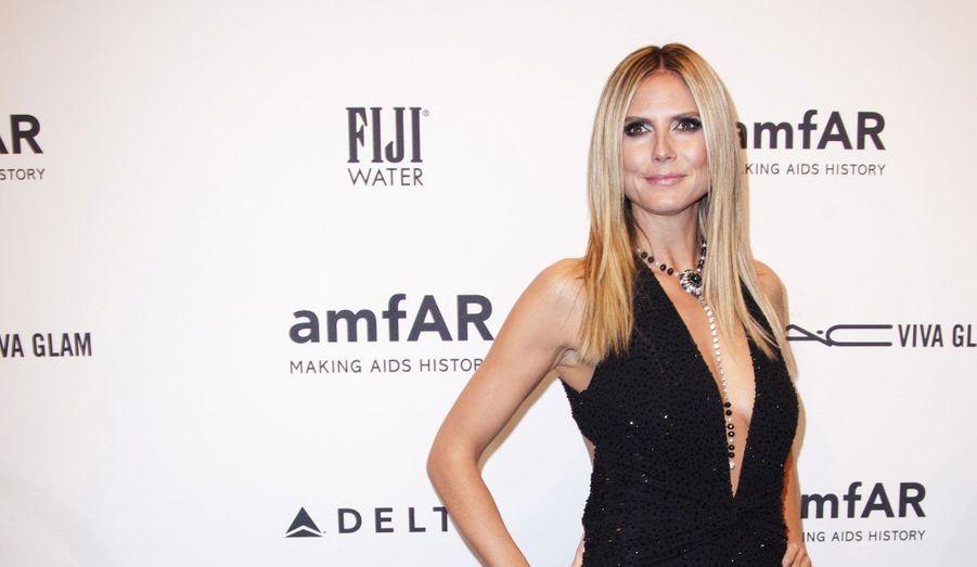 Le grand gala de l'AmfAR, dont les bénéfices sont reversés à la recherche contre le sida, s'est tenu mercredi soir à New York. Heidi Klum, Sarah Jessica Parker, Janet Jackson ou encore Lindsay Lohan ont fait le déplacement pour l'association.