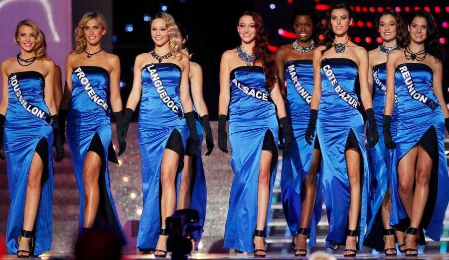 Voici les douze demi-finalistes: Miss Alsace, Miss Côte d'Azur, Miss Languedoc, Miss Réunion, Miss Roussillon, Miss Bretagne, Miss Guyane, Miss Midi-Pyrénées, Miss Bourgogne, Miss Martinique, Miss Provence, Miss Pays de Loire.