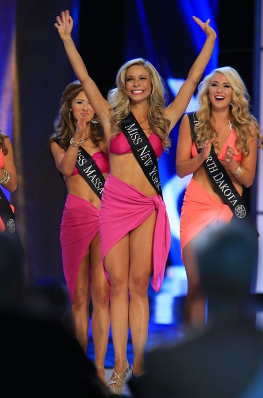 Kira Kazantsev, Miss New York, a été élue Miss America 2015 le 14 septembre 2014 à Atlantic City.