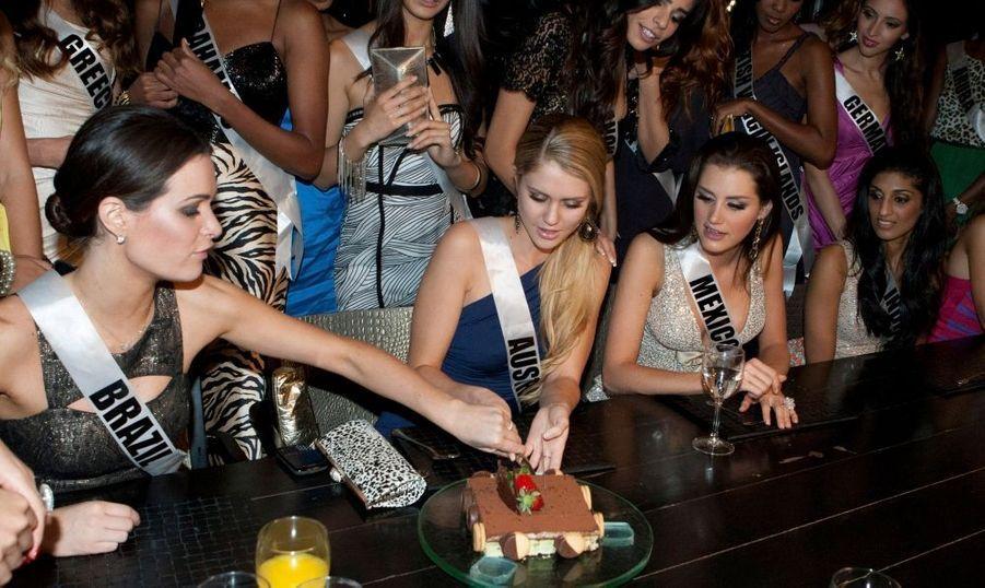 Les Miss Univers fêtent un anniversaire