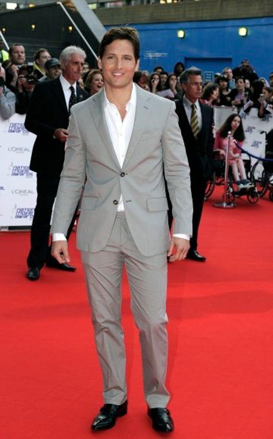 Peter Facinelli était le seul représentant du casting de Twilight. Le film a pourtant été récompensé à trois reprises : meilleur film fantastique pour Twilight : tentation, succès le plus attendu de l'été pour Twilight : Hésitation et prix du meilleur acteur pour Robert Pattinson dans Twilight : Tentation.
