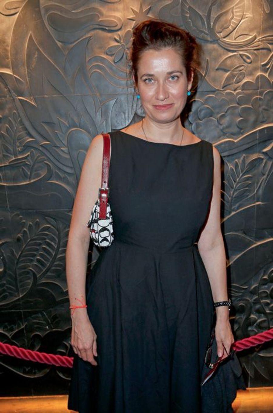 Emmanuelle Devos.