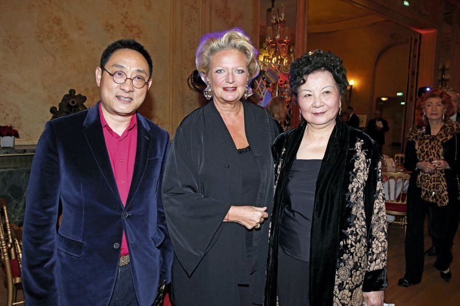 Jiang Shanquing, Béatrice de Bourbon-Siciles, Chow Ching Ling