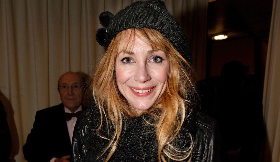 Fan absolue de Placido Domingo, Julie Depardieu, frustrée que le ténor n'ait pas chanté, est repartie pouponner son deuxième fils.