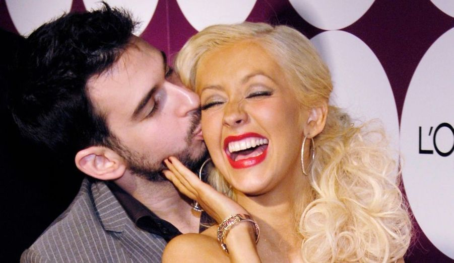 C'est dans un cottage californien que Christina Aguilera et Jordan Bratman se sont mariés en novembre 2005. Le couple avait fait installer une immense tente au cœur d'un vignoble familial situé à Nappa Valley. La fête, qui a duré trois jours, avait pour thème l'Espagne et sa danse traditionnelle, le flamenco. Dessinée par Christian Lacroix, la robe de la chanteuse était d'ailleurs inspirée de la tenue des danseuses hispaniques. L'hôtel de luxe loué pour l'occasion et la Rolls Royce Phantom –350 000 dollars- ont contribué à faire ce de mariage, l'un des plus chers de cette dernière décennie. Sharon Stone, Drew Barrymore ou Justin Timberlake faisaient partie des 120 invités présents.