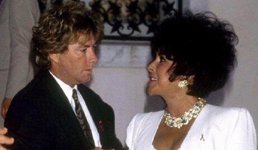 C'est lors d'un séjour en cure de désintoxication en 1988 que Liz Taylor rencontre Larry Fortensky, puissant industriel de vingt ans son cadet. Le 6 octobre 1991, l'actrice épouse l'homme d'affaires en septièmes noces au ranch de Neverland appartenant à Michael Jackson, ami et témoin de la star. Festivités et animations ont animé le parc d'attraction. Un millier d'invités étaient présent, un record à l'époque. Le couple a divorcé cinq ans plus tard.