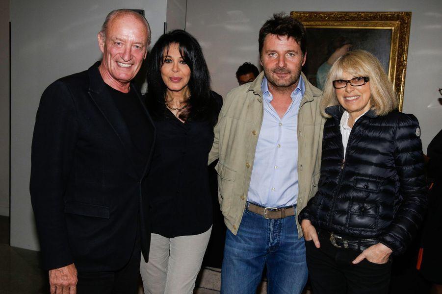 Mireille Darc et son mari Pascal Desprez encadrant Yamina Benguigui et Philippe Lellouche au 10e anniversaire de l'Hôtel de Sers à Paris, le 10...