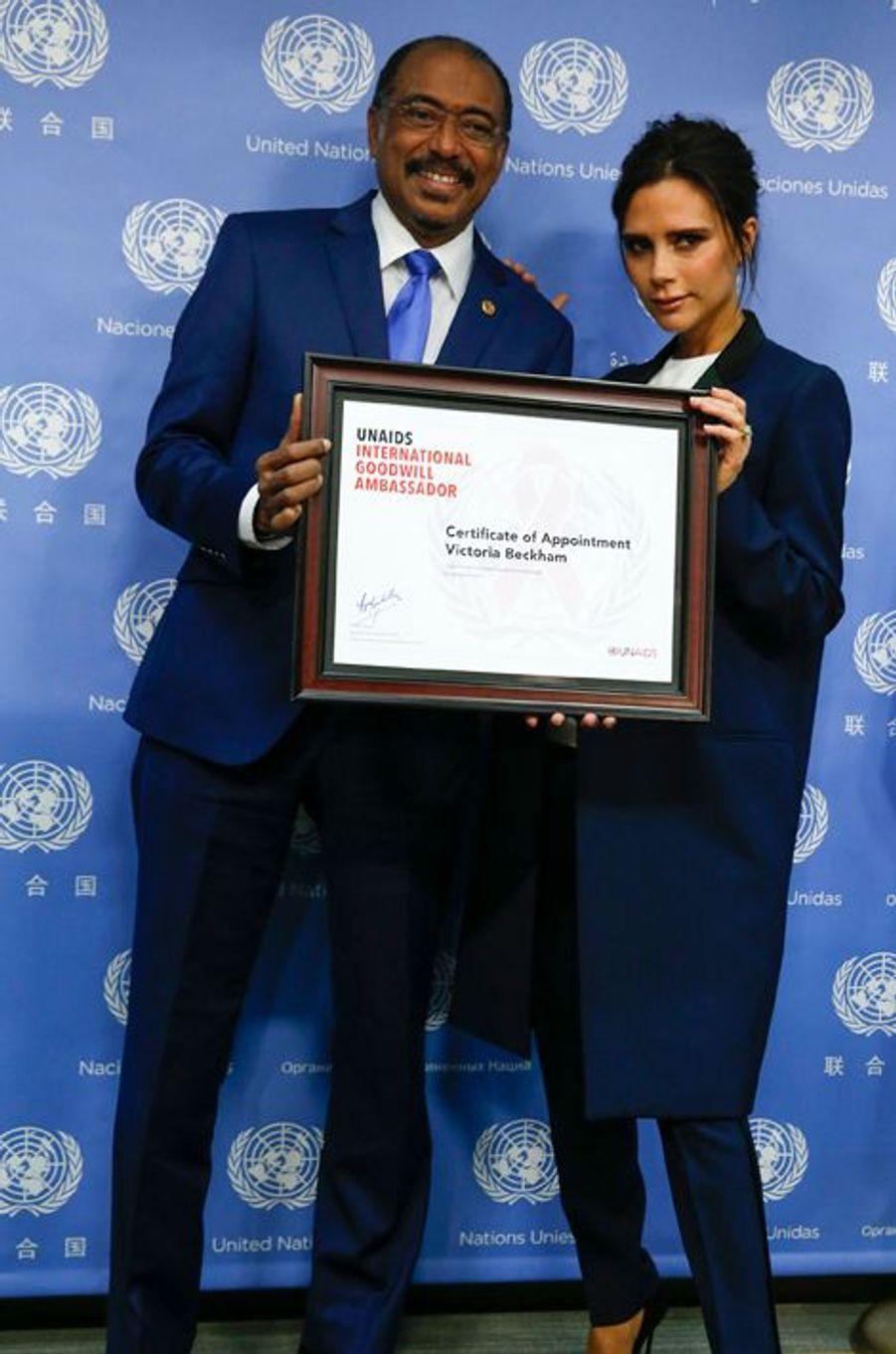Victoria Beckham et Michel Sidibé aux Nations Unies à New York le 25 septembre 2014.