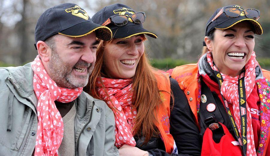 L'ex-parrain Bruno Solo accompagne sa femme Véronique et la candidate Linda