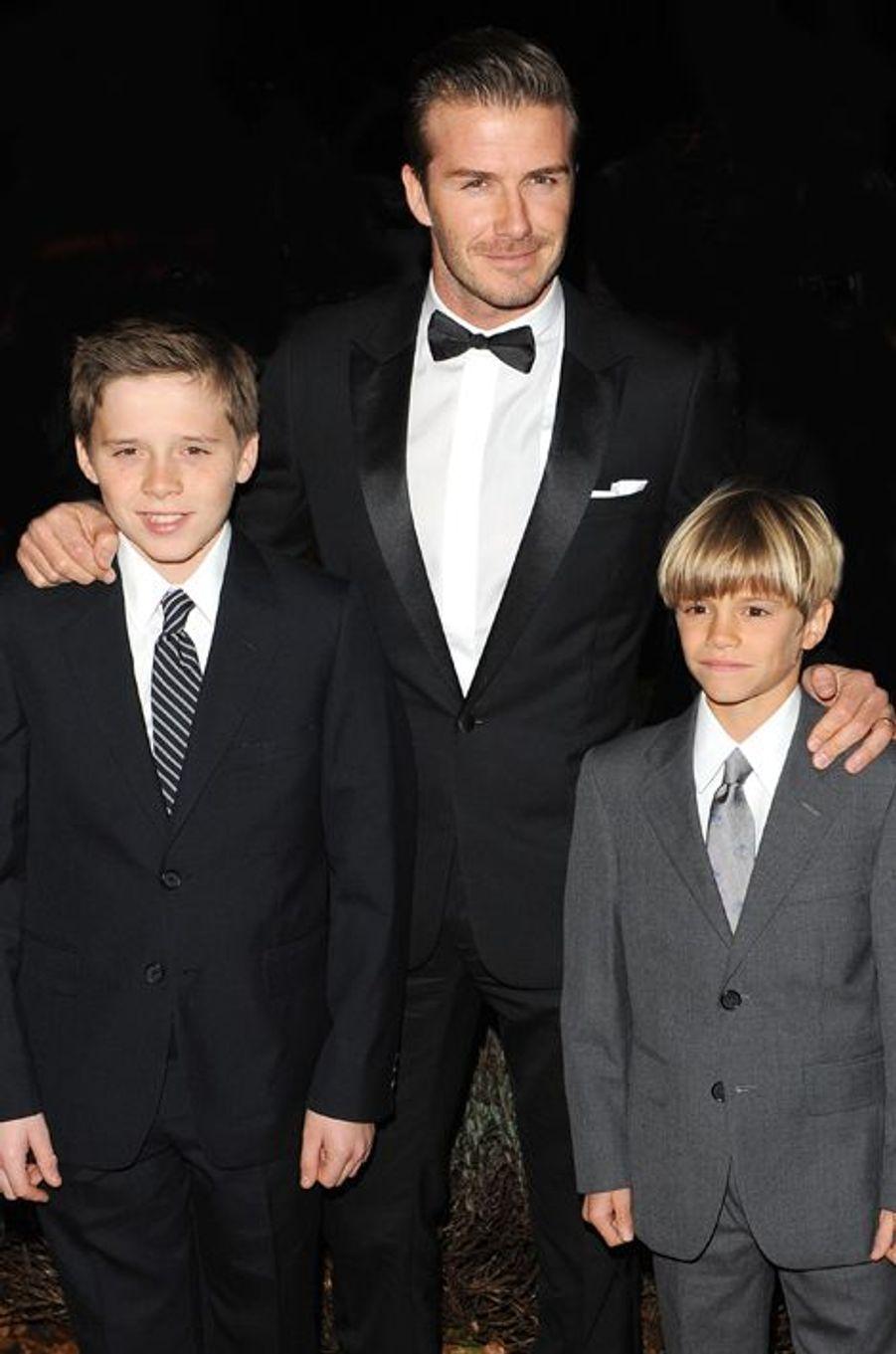 """Avec Brooklyn et Romeo aux """"Sun's Military Awards"""", à Londres en décembre 2011"""