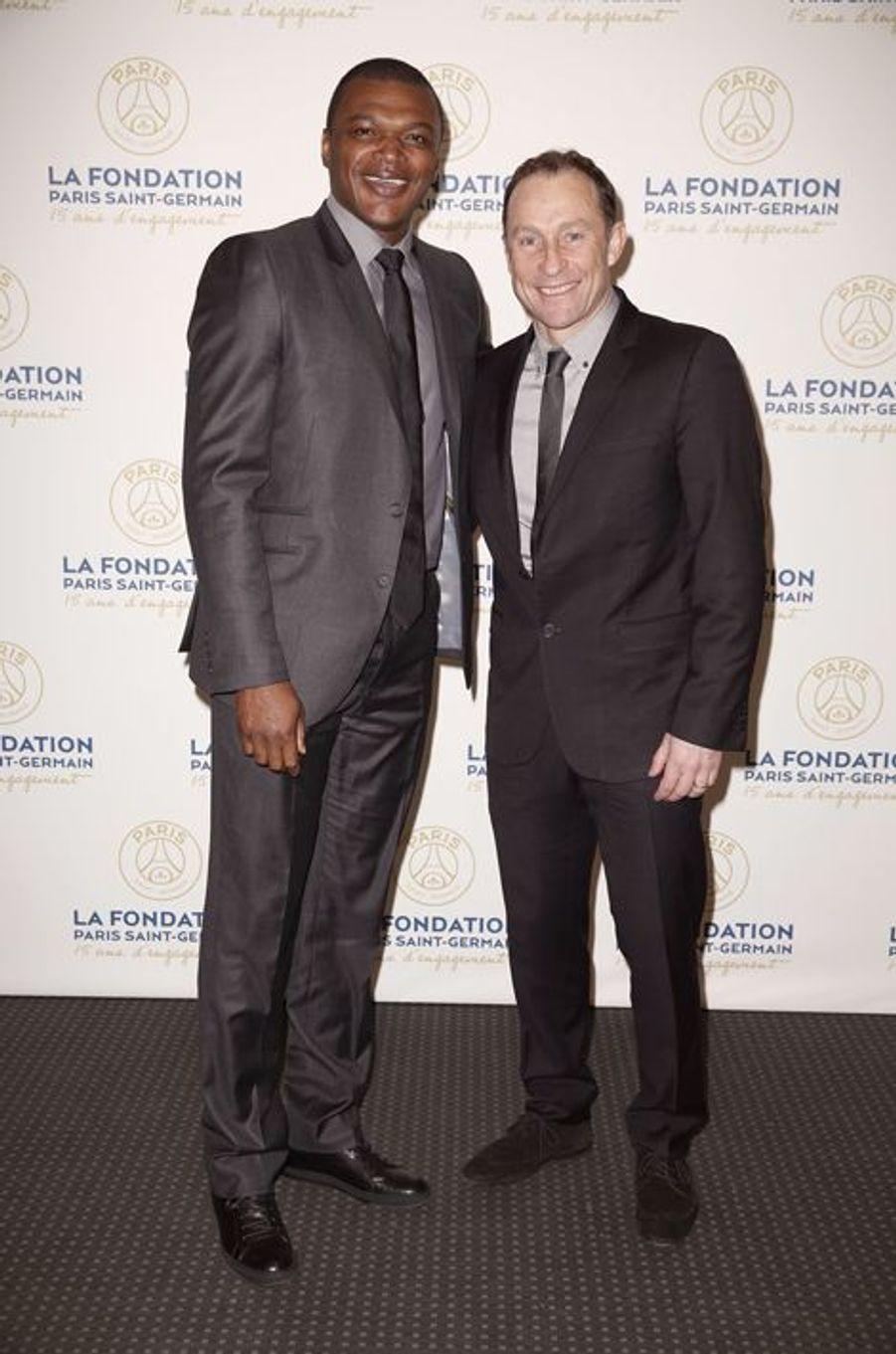 Marcel Dessailly et Jean-Pierre Papin au gala de la Fondation PSG