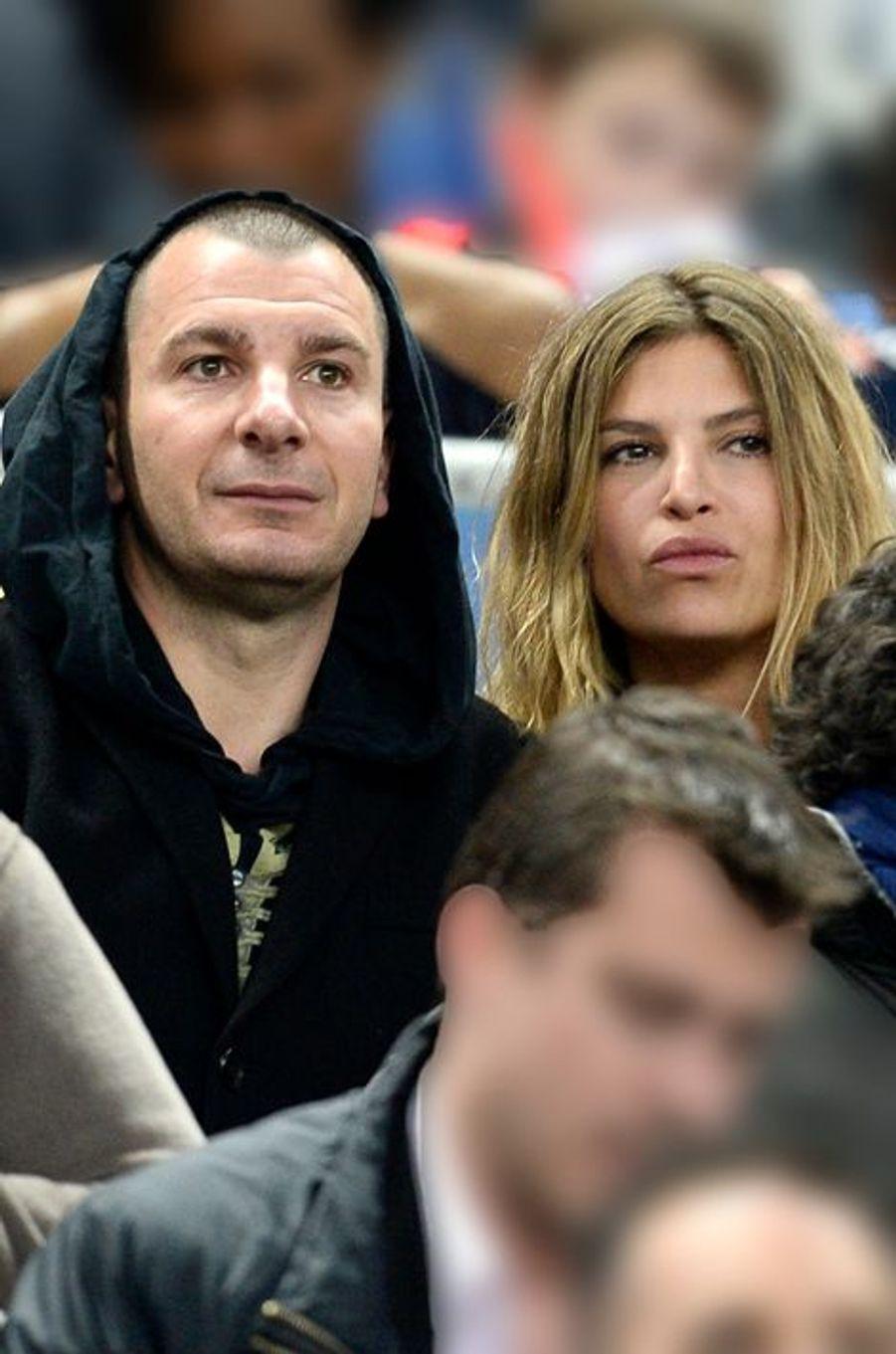 Michael Youn et Isabelle Funaro au Stade de France, le 11 avril 2015
