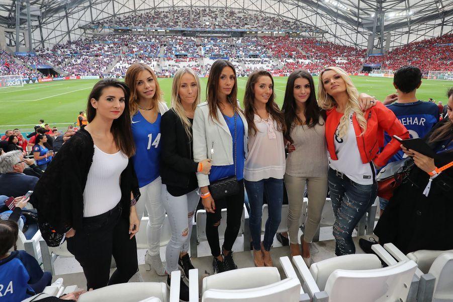 Les femmes des joueurs de l'équipe de France