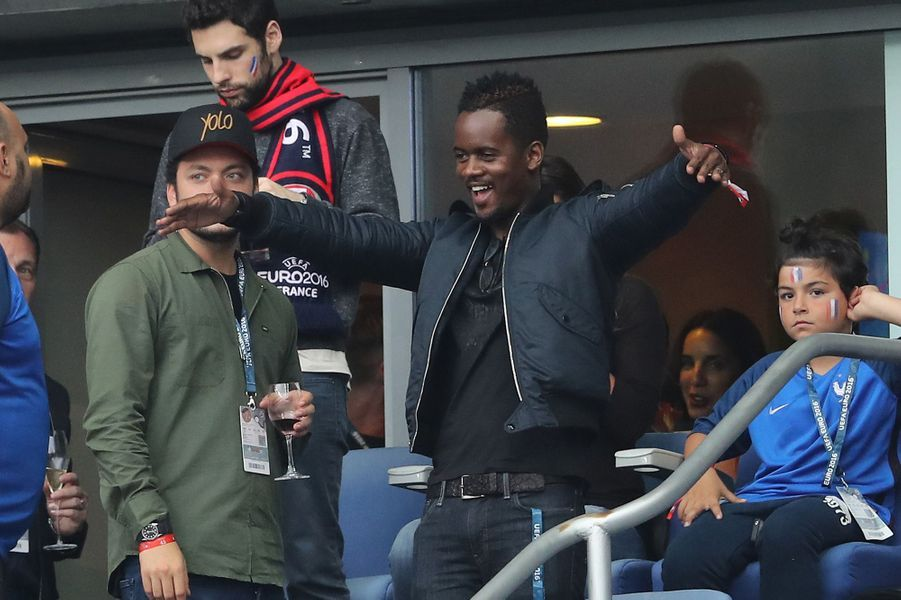 Kev Adams et Black M au Stade de France, le 3 juillet 2016.