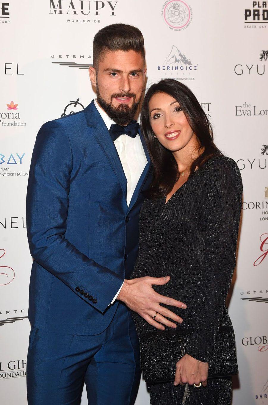 Olivier et Jennifer Giroud (enceinte) à la soirée Global Gift à Londres le 18 novembre 2017