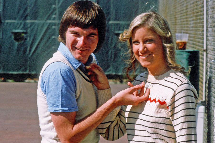 Jimmy Connors et Chris EvertAgés de 21 et 19 ans, les deux annoncent leur mariage en 1974 mais finissent pas se séparer après quelques semaines de relation.