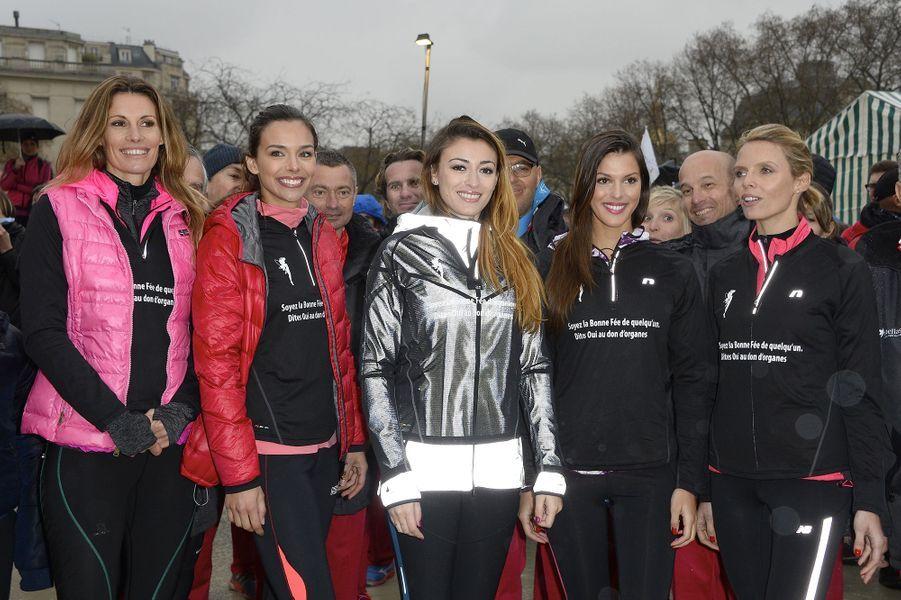 Sophie Thalmann, Marine Lorphelin, Rachel Legrain-Trapani, Iris Mittenaere et Sylvie Tellier à Paris le 30 mars 2016