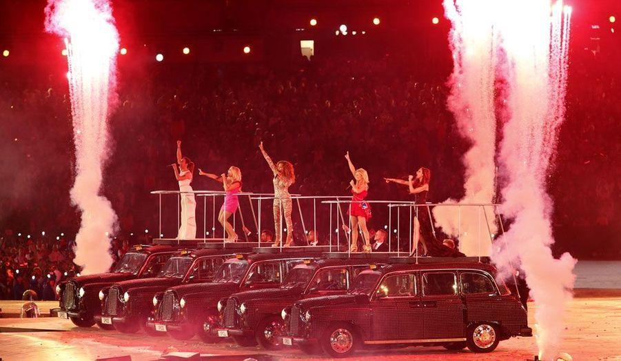 Les flashs ont crépité, le public s'est emballé... Les Spice Girls n'ont pas pris une ride dans les mémoires.
