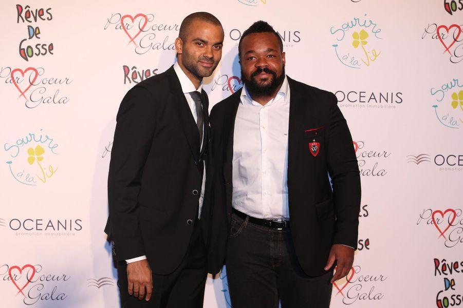 Tony Parker et Mathieu Bastareaud au 9ème «Parc Cœur Gala» à Lyon, le 25 septembre 2014.