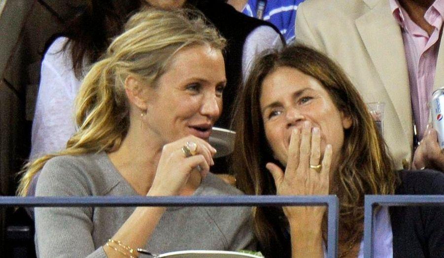 Accompagnée par une amie, Cameron Diaz a assisté au match opposant l'Autrichien Jurgen Melzer au Suisse Roger Federer.