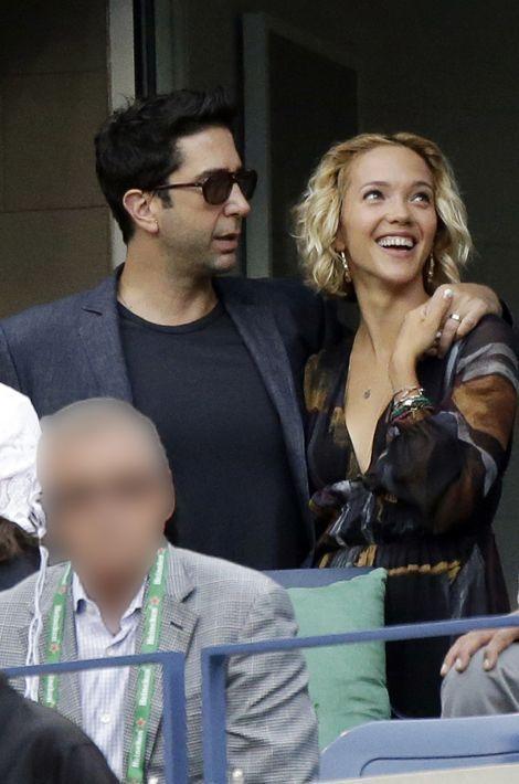 David Schwimmer et Zoe Buckman à la finale de l'US Open à New York, le 8 septembre 2014.