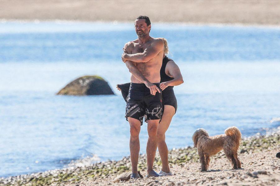 Hugh Jackman et son épouse Deborra dans les Hamptons le 25 juillet 2020