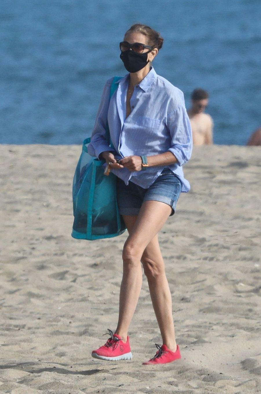 Teri Hatcher à Malibu le 6 août 2020