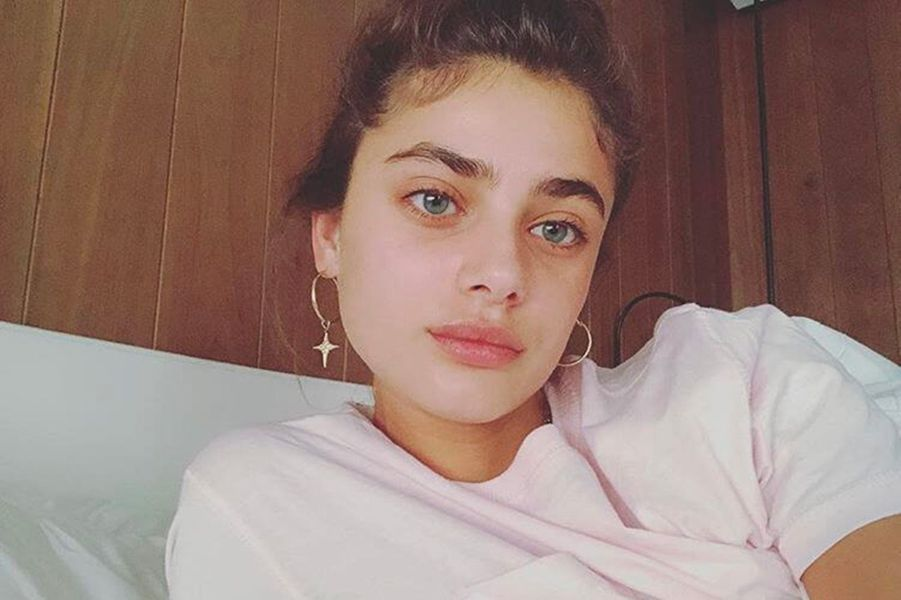 Stars sans maquillage : Taylor Hill avant / après
