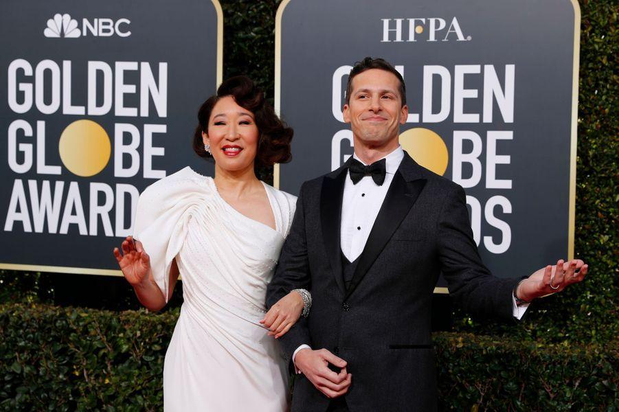 Sandra Oh and Andy Samberg, les deux présentateurs de la soirée.