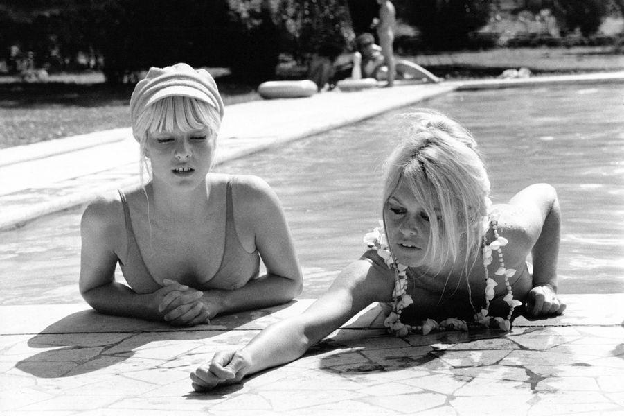 Sylvie Vartan avec Brigitte Bardot en 1967.