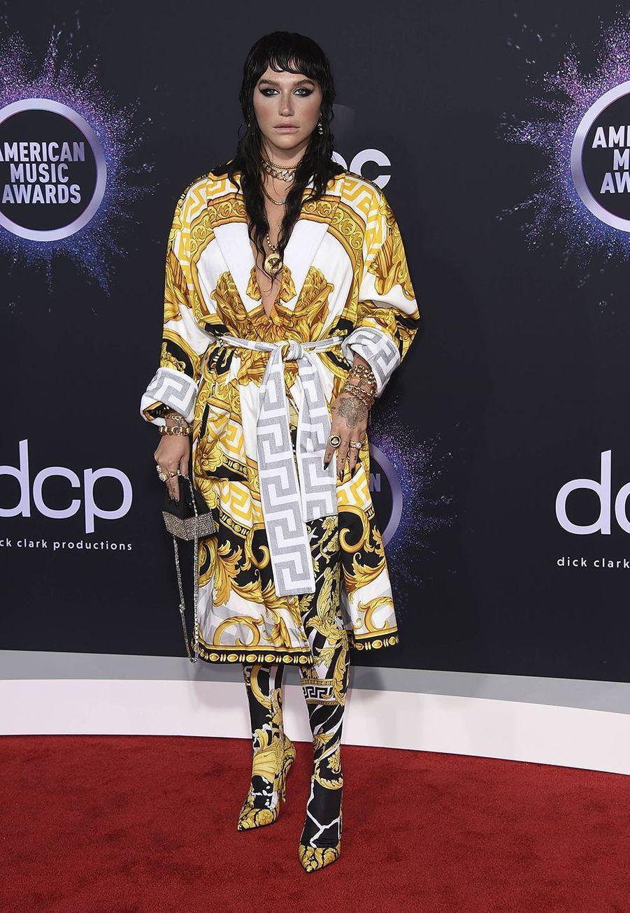Kesha lors de la cérémonie des American Music Awards dimanche 24 novembre 2019 à Los Angeles.