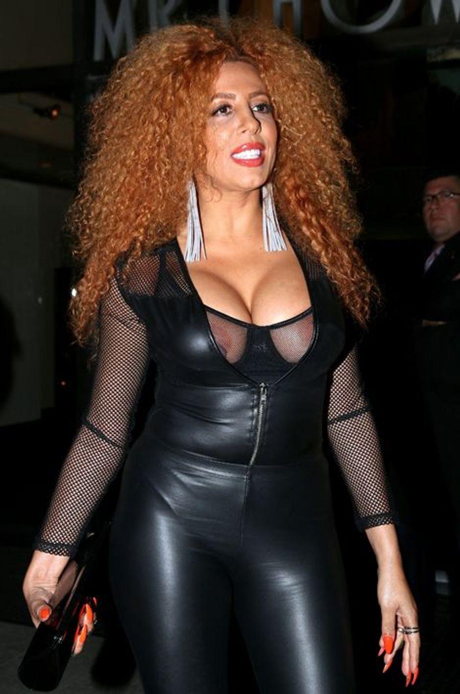 Autre participante de «Loft Story» pour la seconde édition en 2002, Afida Turner, alors connue sous le nom de Lesly Mess, retrouve rapidement l'anonymat lors de sa sortie de l'émission. Exilée aux États-Unis, elle épouse en 2007 le fils de Tina Turner, Ronnie Turner, et revient en France avec un nouveau nom. Elle tente alors de percer dans la chanson mais retrouve finalement la télé-réalité en 2011 avec «Carré Viiip», connaissant ainsi un des échecs les plus remarquables du genre puisque la diffusion est interrompue au bout de treize jours.